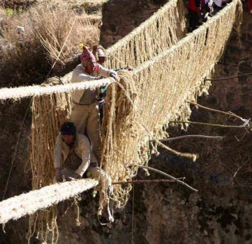 KESHWA CHACA: THE LAST INCA BRIDGE.