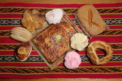 Traditional cusquenian desserts for Holy Week